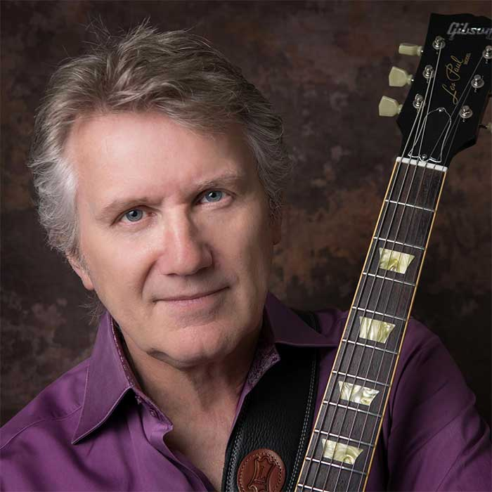 Rik Emmett of Triumph - Acoustic Duo Performance